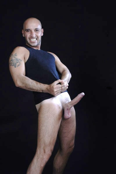 massaggiatore milano uomo gay bodybuilder escort